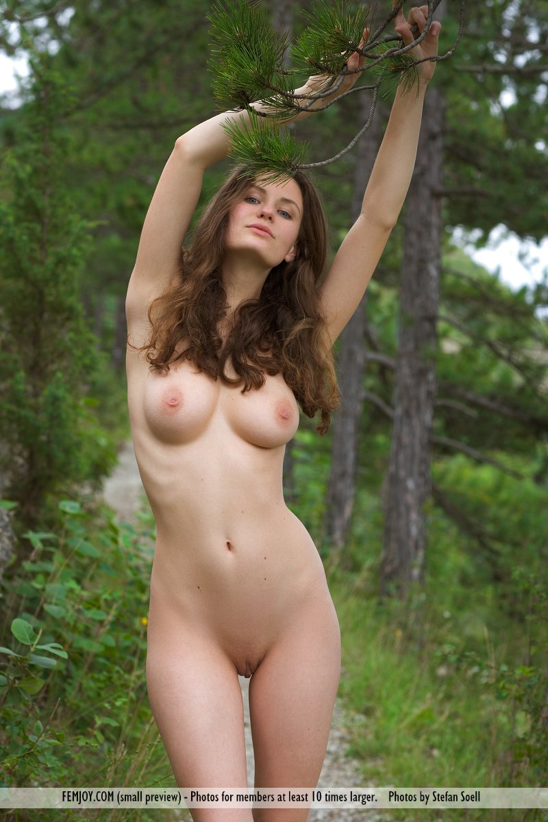 sexy girl hippie nude cute