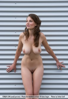 Naked Hot Lady With Big Boobs
