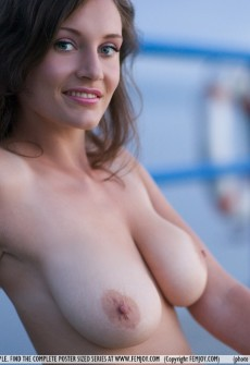 Naked Sexy Babe With Big Boobs » Busty Girls DB