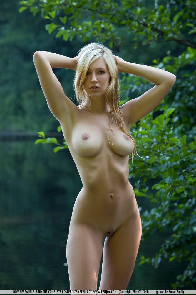 Blonde nude skinny girls big boobs
