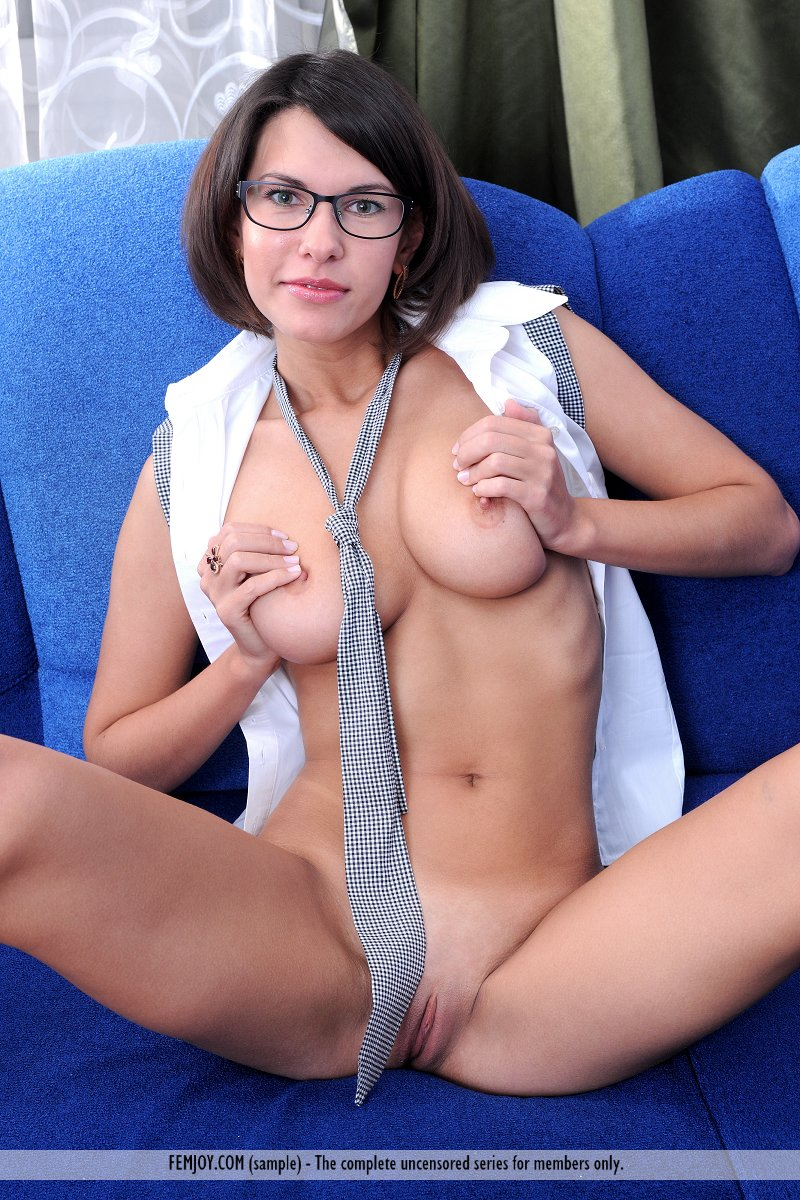 Right! good sexy busty girls in glasses nude theme