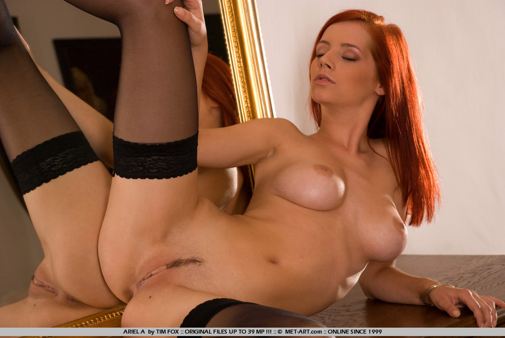 red haired naked nude girl