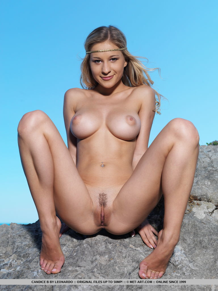 naked women legs open