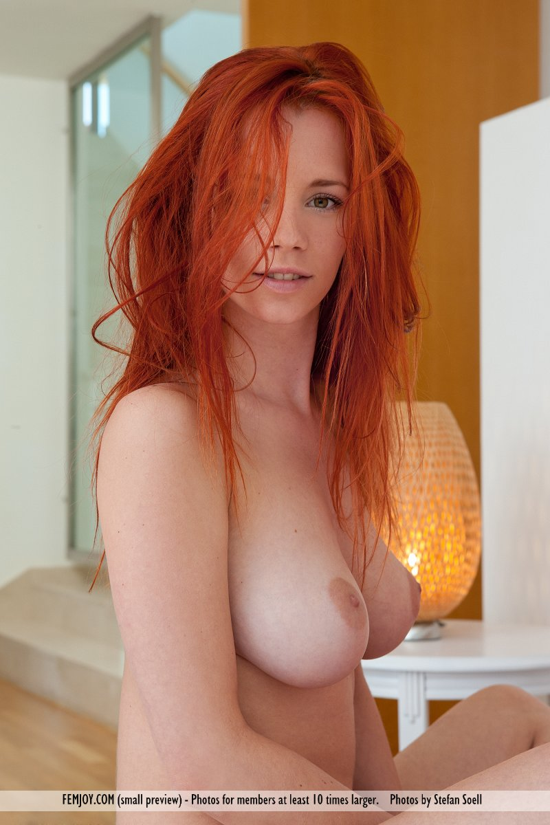 hottest female redheads